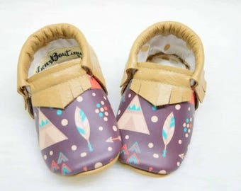 Tribe Moccs, Baby moccs, Baby moccasins, Leather moccs, Genuine leather moccasins, baby bear, tribe moccasins.