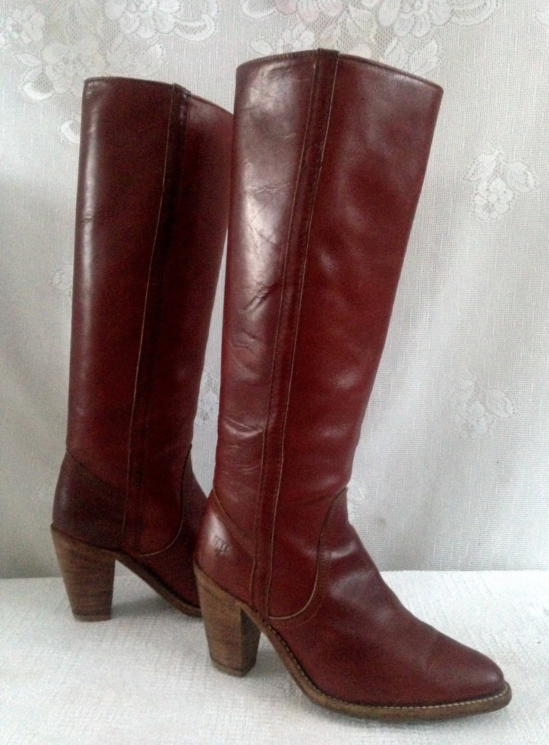 616d8d96512 Vintage 70 s FRYE Tall Western Boots 7110 Reddish Brown