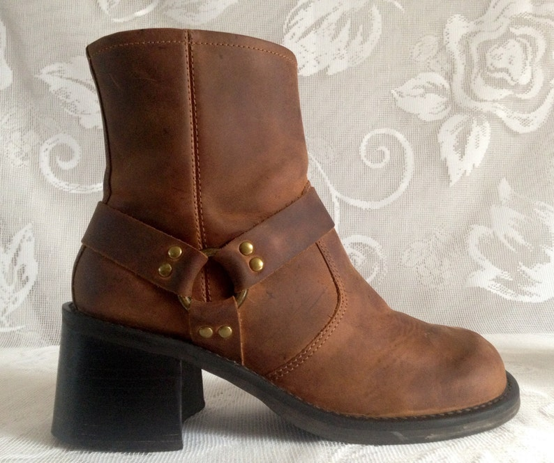 6e5c633a2cf4a Vintage 90's American Eagle Outfitters Brown Distressed Leather Chunky  Ankle Boots Biker Style Harness O-Ring Women's Size 7M