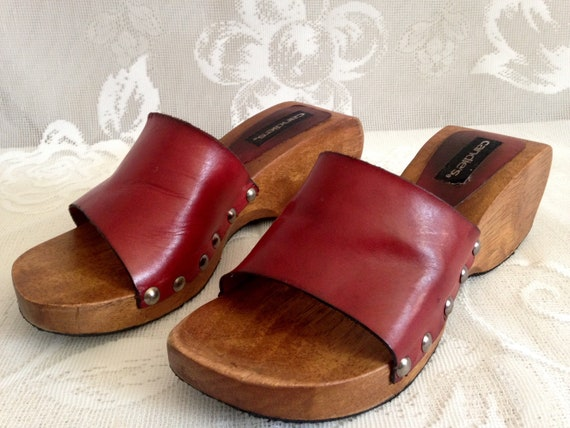 8c857b8363c41 CANDIES Brazil Vintage 70's-80's Red Leather Wood Platform Slide Sandals  Rivets // Women's Size 8M // Hippy Boho // Rare Curved Wood Heel