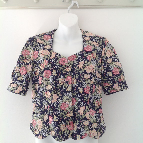 Nostalgic Cosplay 1980/'s Laura Ashley fitted bodice  jacket Victorian style top printed design Vintage bodice style top Pretty floral