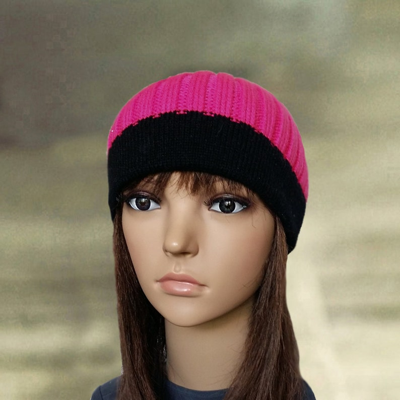 Pink skull hat Womens knit beanie Knitted hat beanie Small  d51df64b581