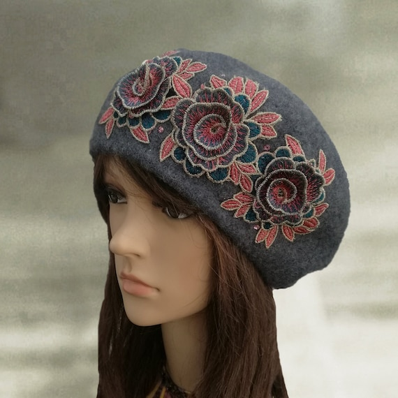 73c35c9440c Winter ladies beret Felt beret women Warm felt beret Felted