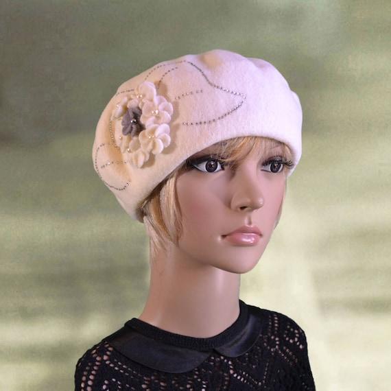 Felted wool beret Womens felt beret French winter beret  1d41e93c7ae