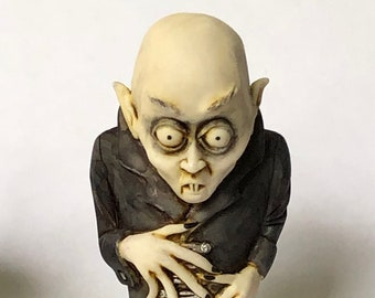 Neil Eyre Eyredesigns Halloween Count Dracula Nosferatu spooky Ghouls figurine Limited Edition