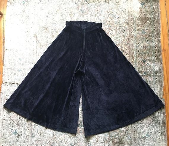 Vintage 1970s Glam Black Velvet High-waisted Wide… - image 4