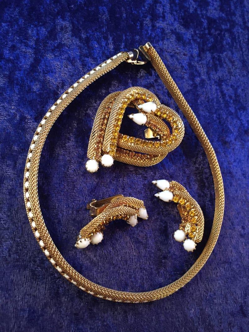 Necklace, Earrings, Removable Heart Brooch White Milkglass /& TopazAmber Rhinestones LOVELY Vintage Hob\u00e9 1589 GOLD MESH