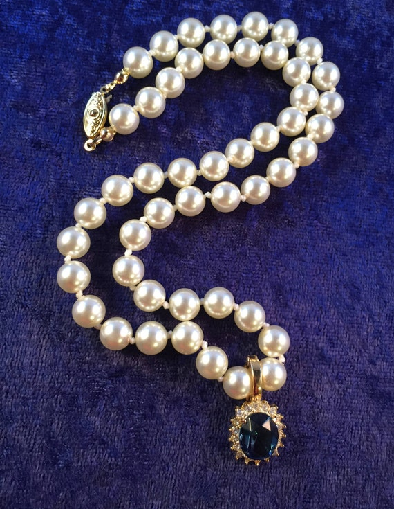clasp marked silver Repurposed Beautiful piece Lovely faux pearl necklace and diamant\u00e9 bow pendant necklace stunning clasp
