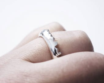 """Ring """"Mountains"""" Simple, Size 55"""