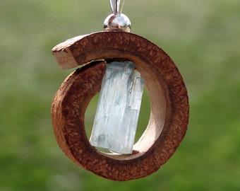 Pendant made of CINNAMON and rough AQUAMARINE crystal + Sterling Silver necklace.