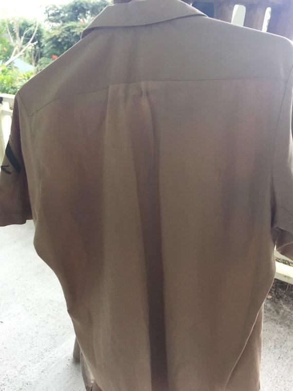 Excellant vintage khaki military shirt. - image 2
