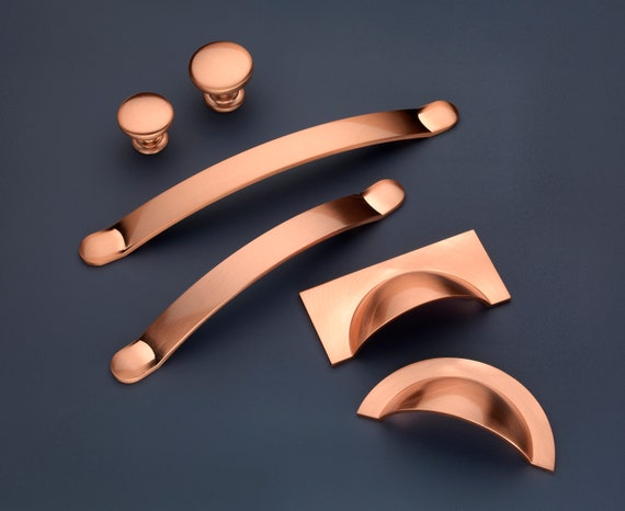 Monmouth Cabinet Handles & Knobs