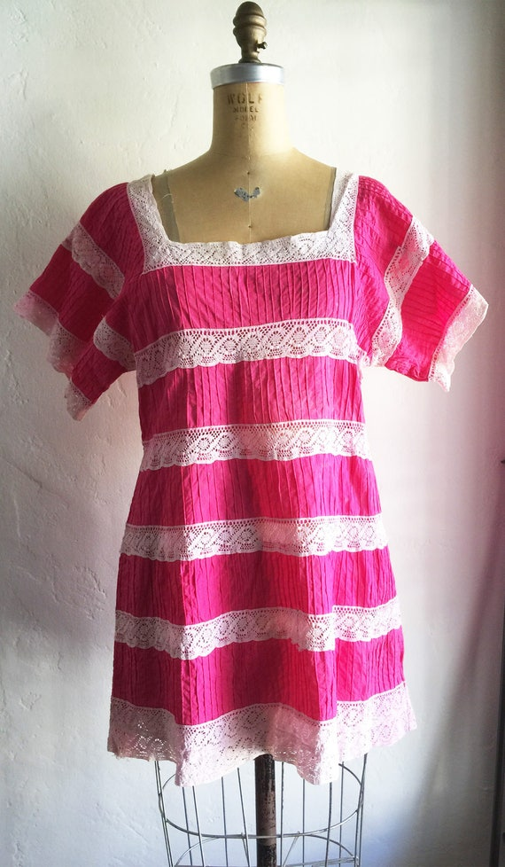 1970s Vintage BOHO Ethnic Festival Hot Pink Cotton