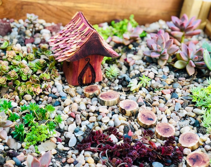 Miniature Red Cedar Wood Garden Home with shingles