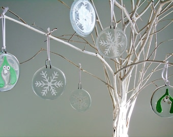 Christmas tree bauble decoration - fused glass, hand painted white snowflake