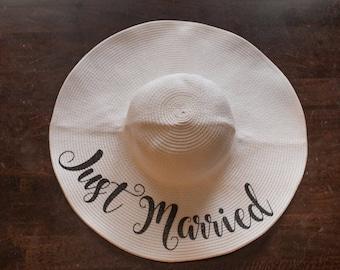 Just Married Beach Hat - Honeymoon Beach Hat - Floppy Hat - Personalized Floppy Hat - Personalized Bridal Shower Gift - Engagement Gift