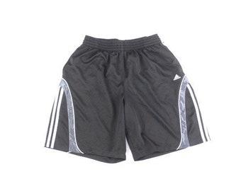 1a01a4560a782 Short Adidas classique
