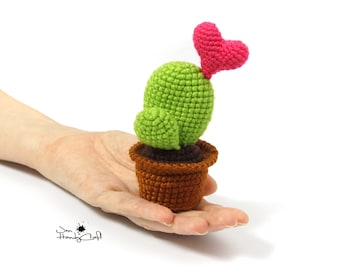 Stuffed cactus with heart - Romantic gift for girlfriend - Valentine's day gift, Anniversary gift for wife