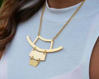 Short Gold Necklace, Gold Bib Necklace, Minimal Short Necklace, Modern Bib Necklace, Gold Statement Necklace, Geometric Short Necklace