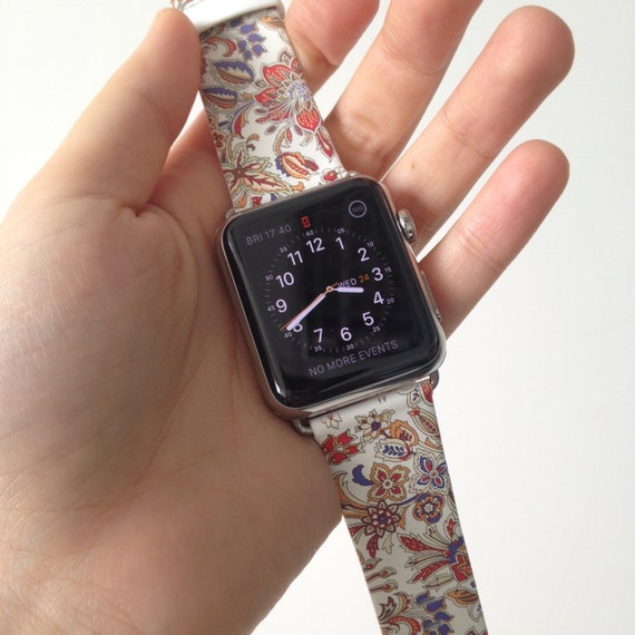 Floral Apple Watch band women 38mm / 40mm 42mm / 44mm