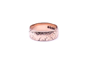 Antique rose gold engraved band, a vintage rose gold ring with a surrounding  pattern.