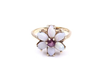 Vintage opal ring, opal cluster ring surrounding amethyst, vintage flower ring in a 9kt setting.
