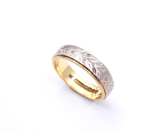 Engraved gold band with floral motif, an unusual gold band with both yellow and white gold.