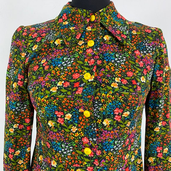 Pearl Buttons Vintage 1970s Dress Shirt Lemon Yellow Large Collar Button Blouse Floral Abstract Pattern Prairie Country S AU8-10