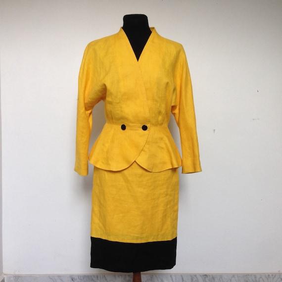best service f3b31 7d6d6 Completo Gai Mattiolo vintage anni 90, gonna e giacca da donna vintage  colore giallo, completo in lino da donna, made in Italy