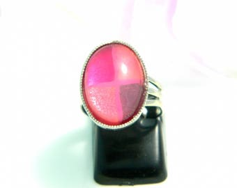 Pink violet (ba168) glass cabochon ring