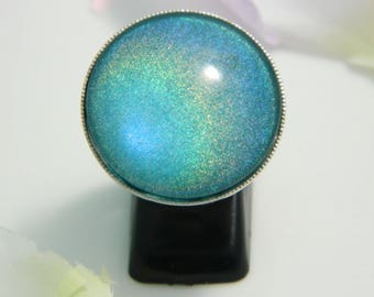 Holographic (ba171) blue glass cabochon ring