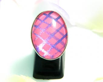 Pink violet (ba179) glass cabochon ring