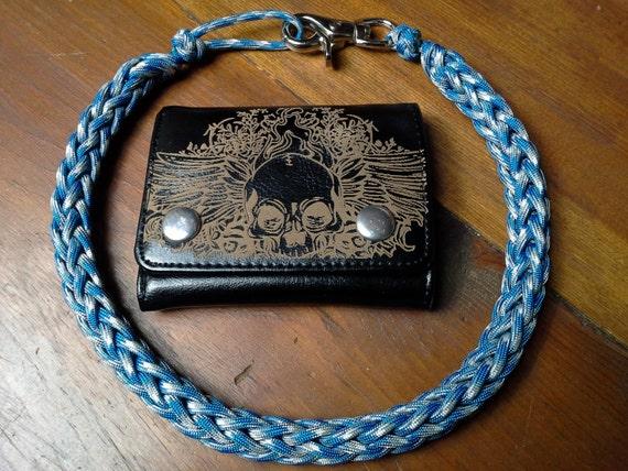 Bleu Camo fabriqués à la main 550 paracord portefeuille chaîne/cordon noir 18-32 pouces, vous choisissez la taille. Poids léger