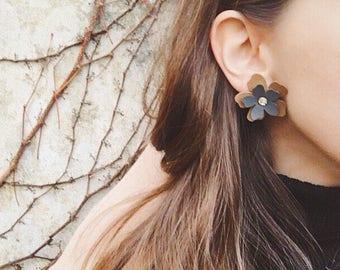 Malva earrings - customizable faux leather earrings