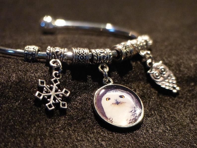 Photo charm bracelet\u2013 Snowy Owl \u2013 original digital photo charm \u2013 2.25\u201d diameter cuff bracelet
