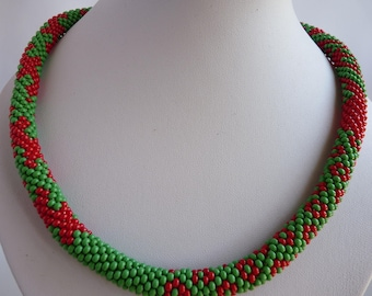 Necklaces, handmade, necklaces for women, jewelry, perfect gift, crochet necklace, bead crochet, free shipping, green, red