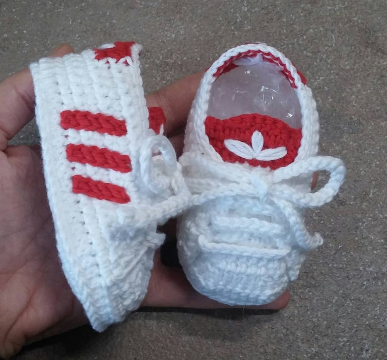 Crochet baby shoes Adidas style 100% cotton, baby footwear, crochet baby booties, crochet sneakers