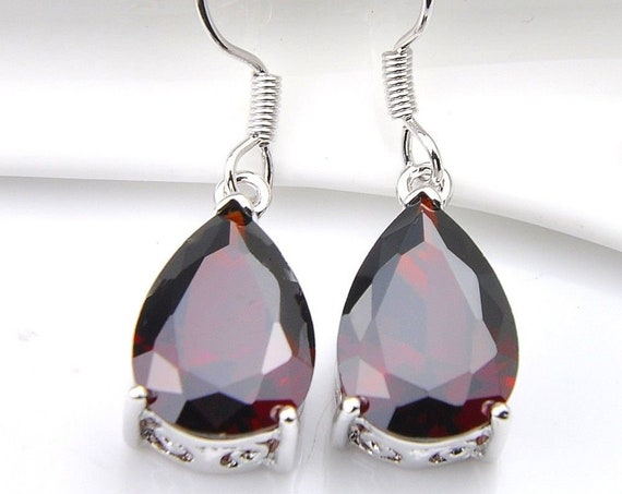 Lovely 18 ct white gold plated dark garnet red sapphire crystal drop earrings