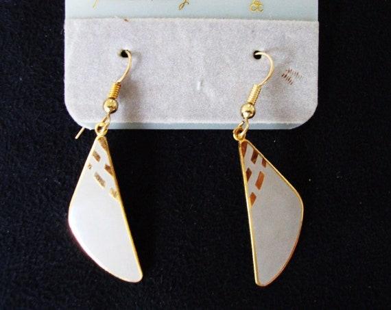 Lovely vintage goldtone Cloisonne Samuel Huang grey enamel gold earrings