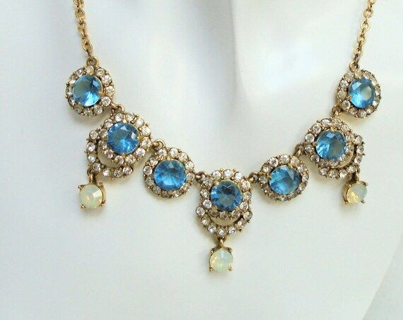 Lovely vintage gold metal, sapphire opal glass droplet necklace