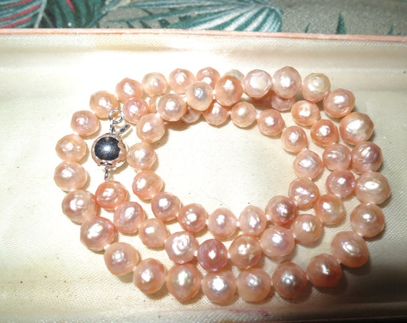 Lovely new handmade genuine 6.5 mm faceted freshwater apricot pearl necklace
