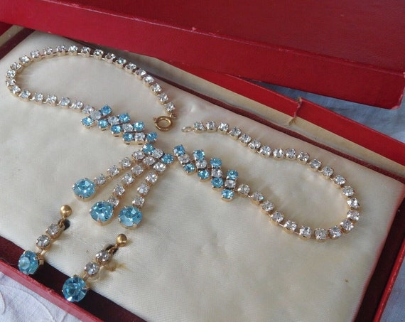 Vintage 1950s  Aqua Crystal Necklace  and Screw on Earrings in box