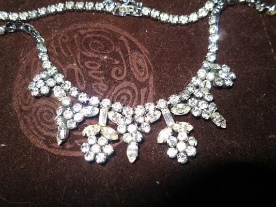 Elegant 1960s silvertone clear rhinestone diamante necklace