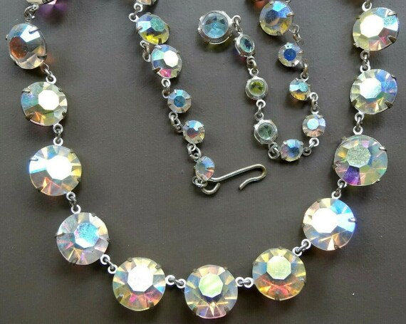 Beautiful vintage 1950s aurora borealis sparkly open back crystal necklace