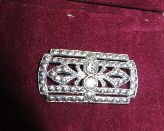 Lovely vintage Deco staybrite fx marcasite and rhinestone glass brooch