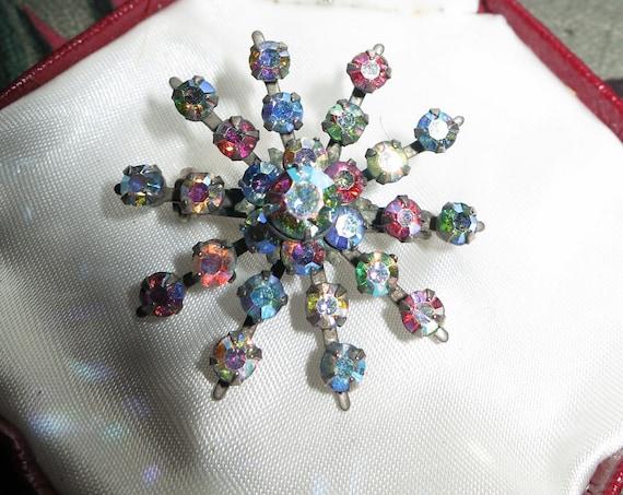 Fabulous vintage silvertone aurora borealis glass starburst brooch
