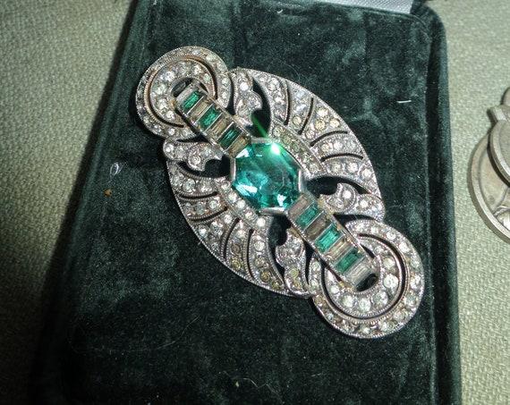 Stunning vintage Art Deco silvertone emerald glass brooch 1940s