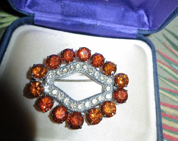 Vintage 1940s Deco Diamante Topaz Glass Stone Brooch