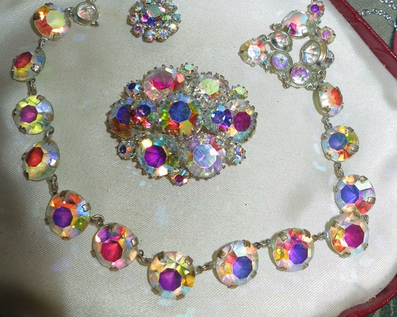 Fabulous Vintage 1950s Open Backed sparkly aurora borealis Necklace & Brooch
