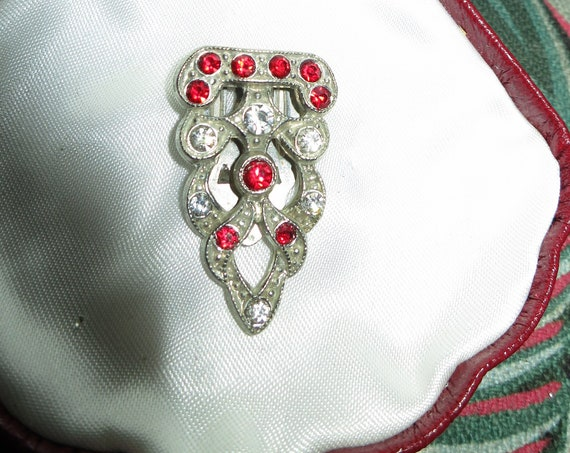 Vintage Deco silvertone ruby and clear glass dress clip or brooch